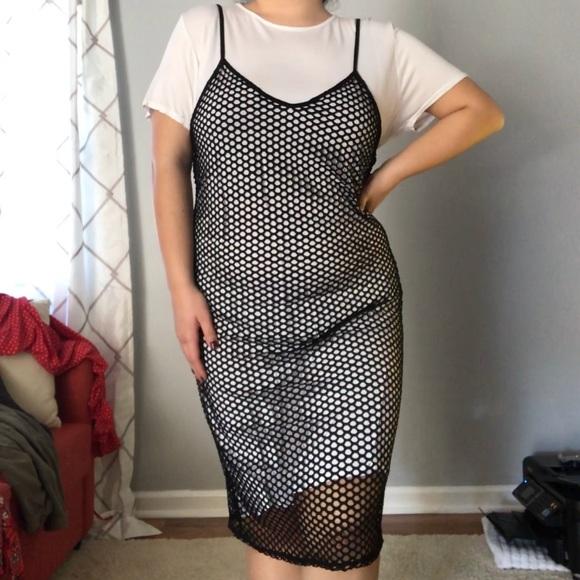 55e1b7a0e31 Boohoo Dresses   Skirts - 90 s BLACK FISHNET SLIP DRESS